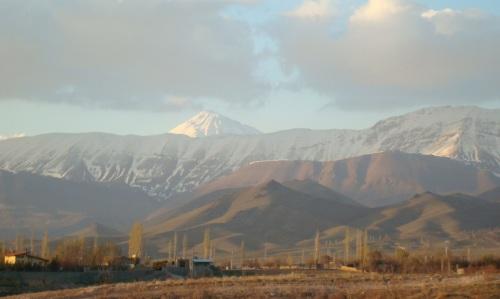قله دماوند از دشت هُمند